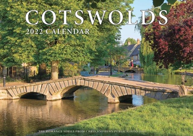 9781912584444 Cotswolds 2022 Calendar